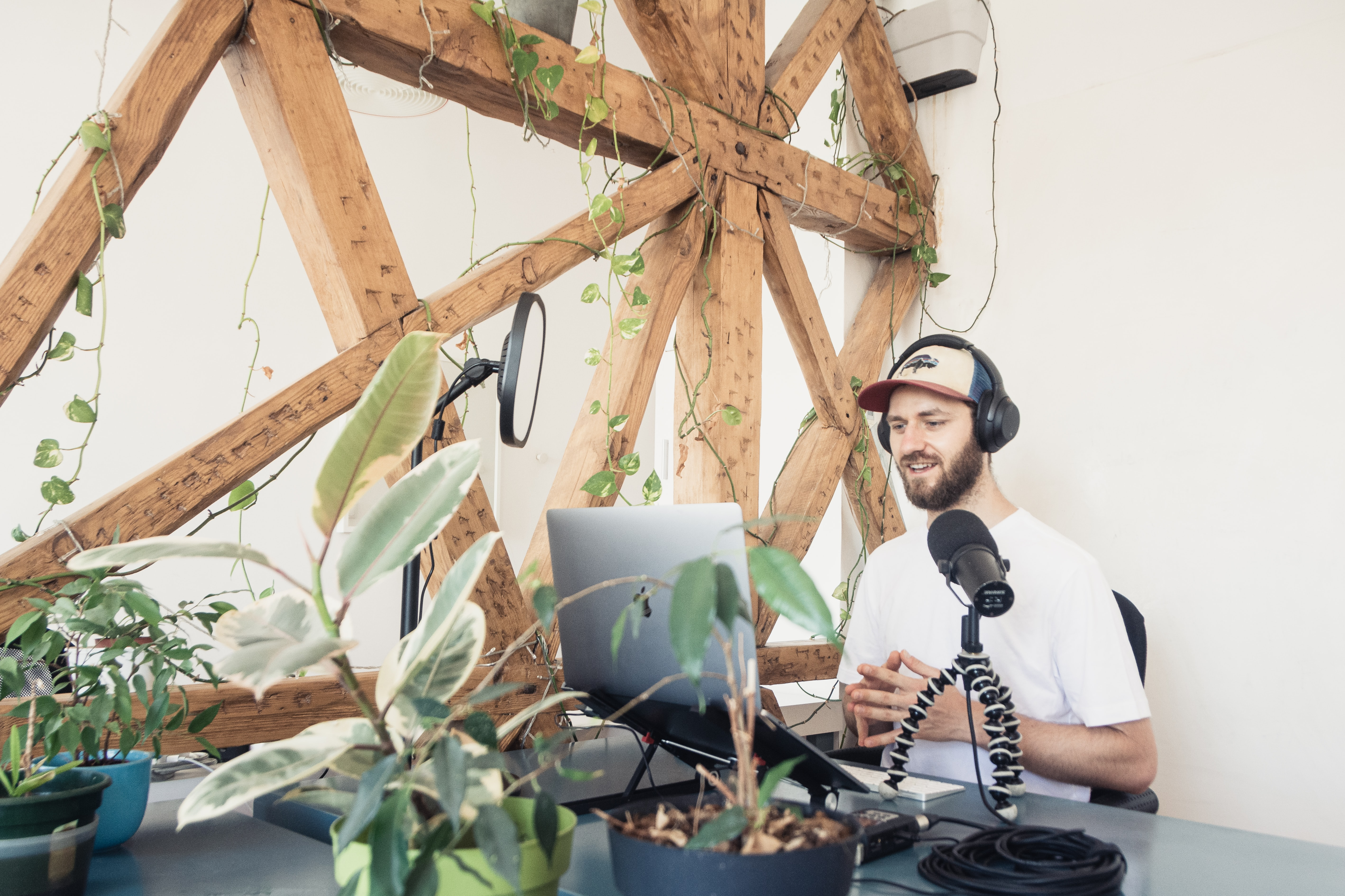 solo_podcast_host.jpg